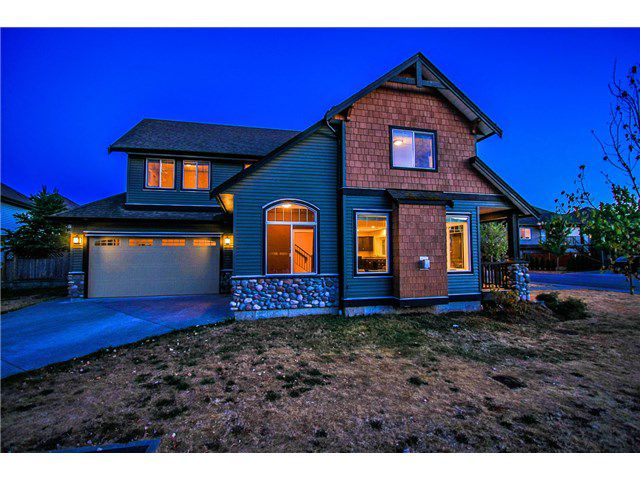 Main Photo: 32612 MAYNARD PL in Mission: Mission BC House for sale : MLS®# F1447660