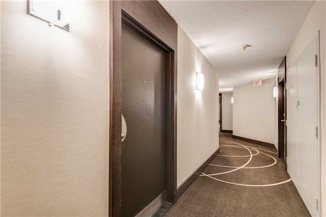 Main Photo: 902 1001 Bay Street in Toronto: Bay Street Corridor Condo for sale (Toronto C01)