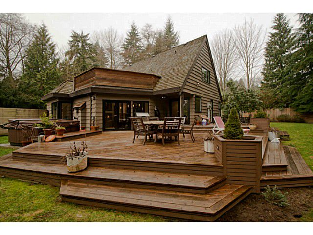 Main Photo: 485 NEWLANDS RD in West Vancouver: Cedardale House for sale : MLS®# V987127