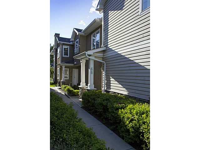 Main Photo: 68 2318 17 Street SE in CALGARY: Inglewood Townhouse for sale (Calgary)  : MLS®# C3582978