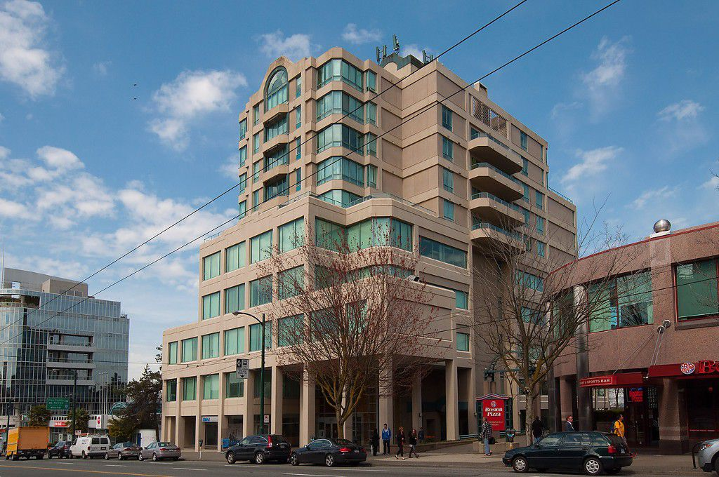 "Main Photo: 604 1355 W BROADWAY in Vancouver: Fairview VW Condo for sale in ""THE BROADWAY"" (Vancouver West)  : MLS®# V1077006"