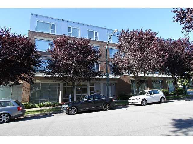 "Main Photo: 201 2103 W 45TH Avenue in Vancouver: Kerrisdale Condo for sale in ""THE LEGEND"" (Vancouver West)  : MLS®# V1078732"