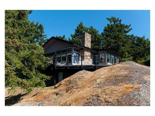 Main Photo: 1109 STANLEY POINT Drive: Pender Island House for sale (Islands-Van. & Gulf)  : MLS®# V947210