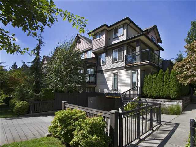 """Main Photo: 313 7000 21ST Avenue in Burnaby: Highgate Townhouse for sale in """"VILLETTA"""" (Burnaby South)  : MLS®# V1026981"""