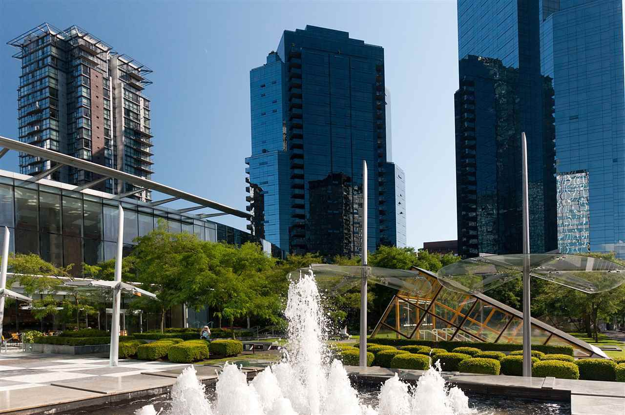 Main Photo: 2507 1050 BURRARD STREET in Vancouver: Downtown VW Condo for sale (Vancouver West)  : MLS®# R2263975