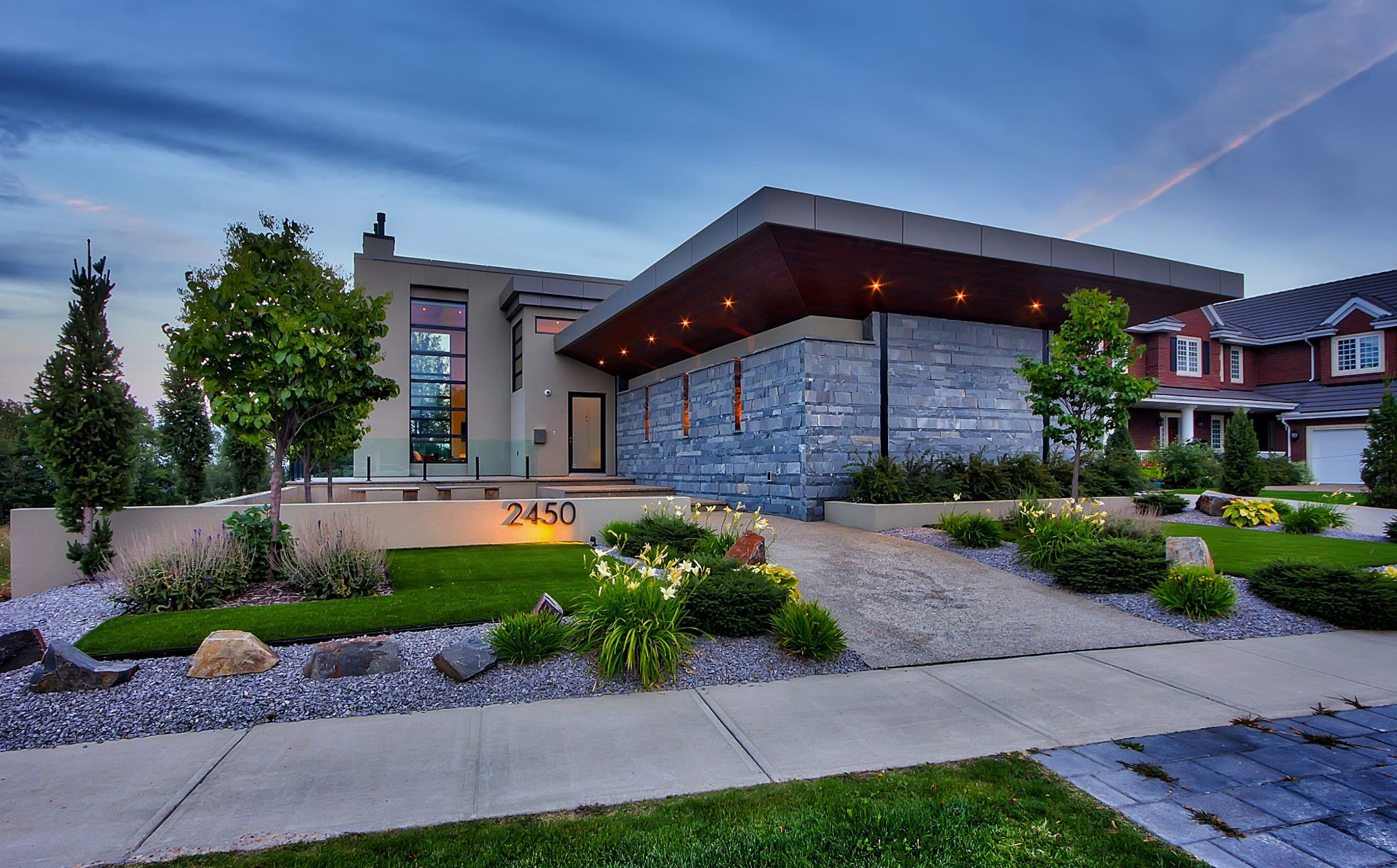 Main Photo: 2450 Cameron Ravine Drive NW in Edmonton: House for sale