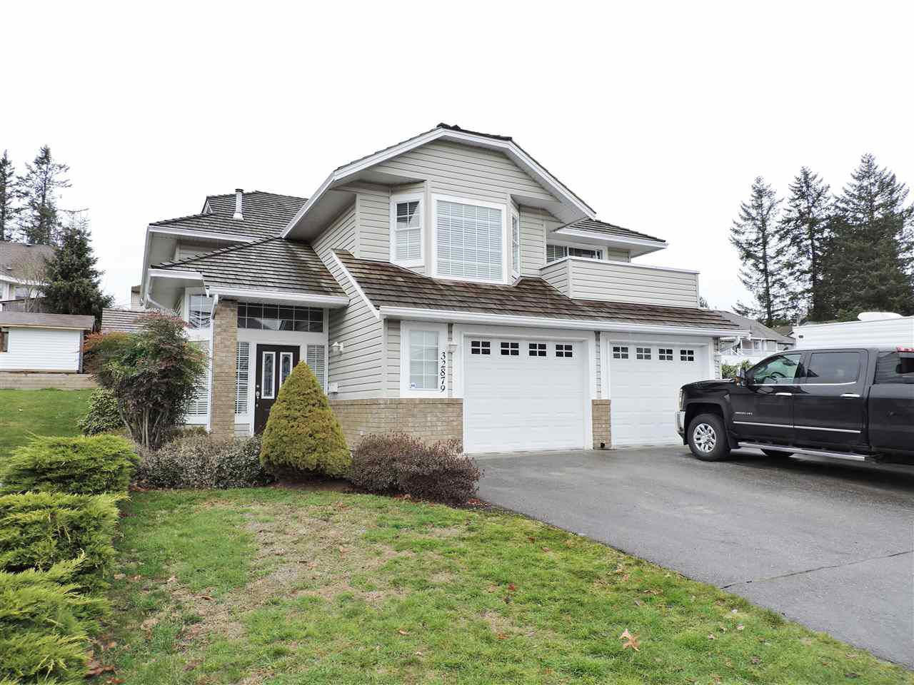 Main Photo: 32879 Best Avenue in Mission: Mission BC House for sale : MLS®# R2244058