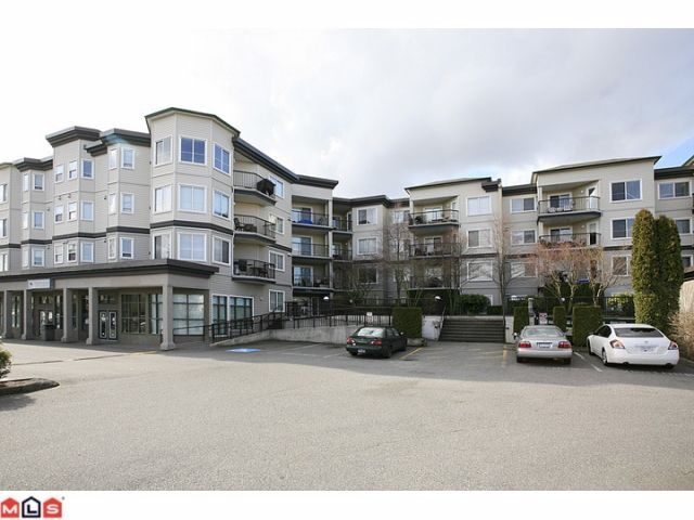 "Main Photo: 401 5759 GLOVER Road in Langley: Langley City Condo for sale in ""College Court"" : MLS®# F1207206"