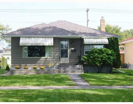 Main Photo: 965 BANNERMAN AVE.: Residential for sale (North End)  : MLS®# 2818479