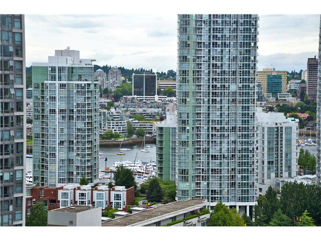 """Main Photo: # 1907 977 MAINLAND ST in Vancouver: Yaletown Condo for sale in """"YALETOWN PARK III"""" (Vancouver West)  : MLS®# V1015117"""