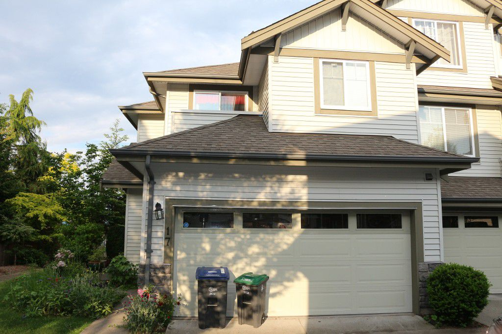 Main Photo: #17 14453 72 Avenue in Surrey: East Newton Townhouse for sale : MLS®# F1442463