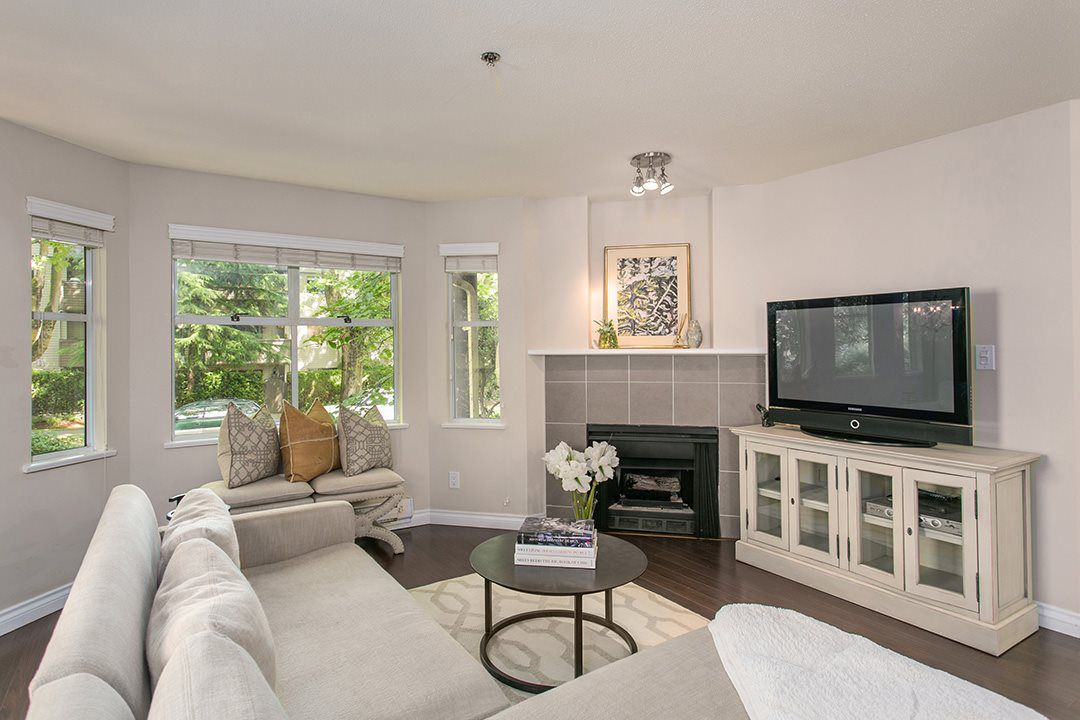 Main Photo: 1445 WALNUT STREET in Vancouver: Kitsilano Townhouse for sale (Vancouver West)  : MLS®# R2090104