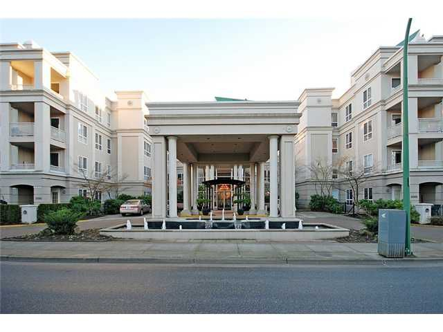 """Main Photo: 303 3098 GUILDFORD Way in Coquitlam: New Horizons Condo for sale in """"MARLBOROUGH HOUSE"""" : MLS®# V956575"""
