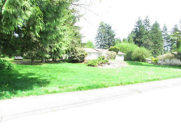 Main Photo: 33731 Lincoln Road in Abbotsford: House for rent