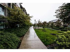 Main Photo: 205 5775 Irmin Street in Burnaby: Metrotown Condo for sale (Burnaby South)  : MLS®# V1089745
