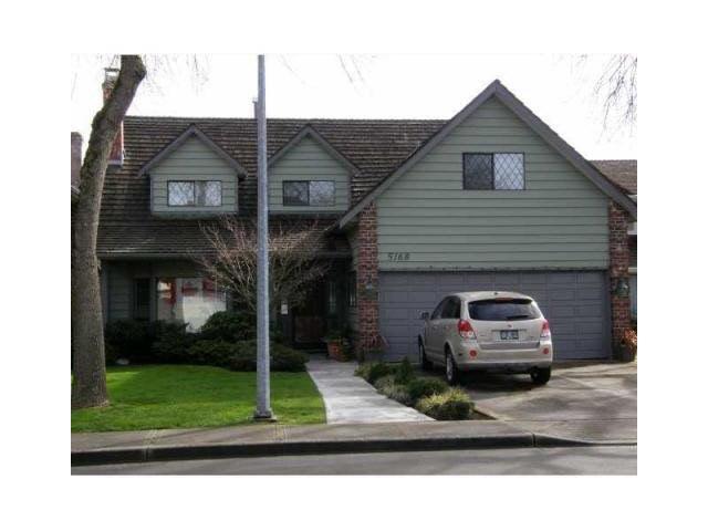 Main Photo: : House for sale : MLS®# V1103800