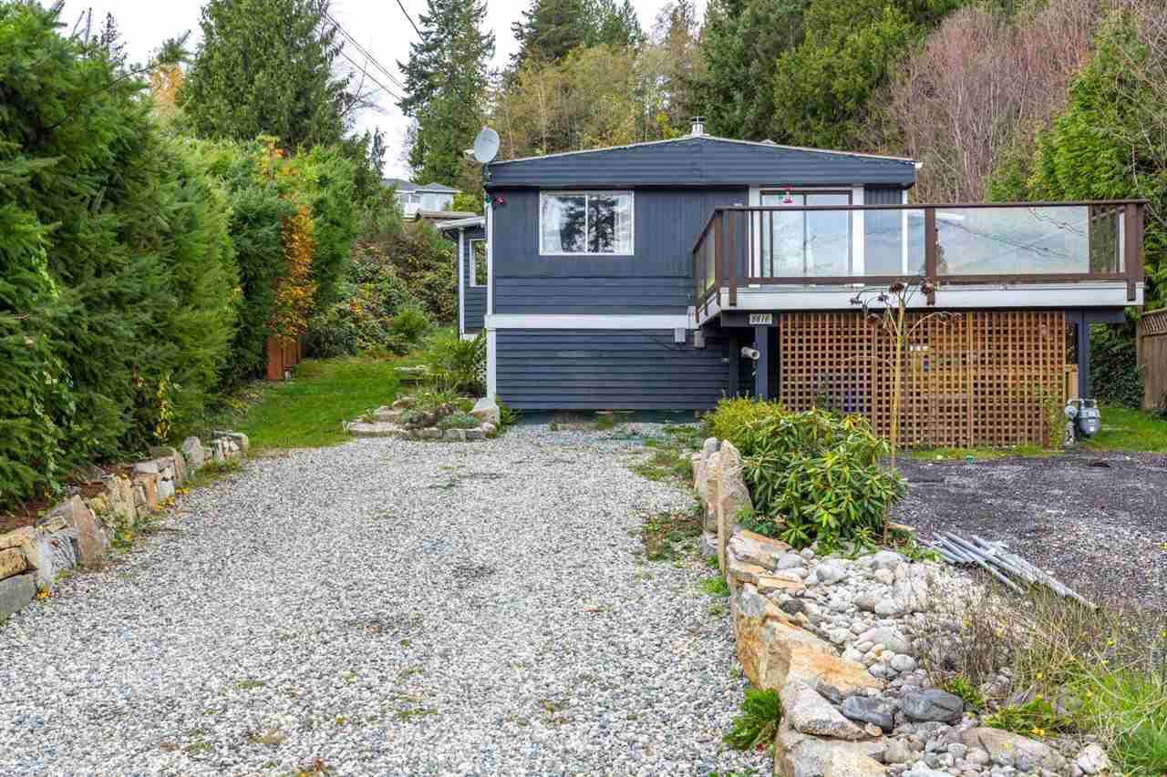 Main Photo: 5816 SPINDRIFT STREET in Sechelt: Sechelt District Manufactured Home for sale (Sunshine Coast)  : MLS®# R2120360