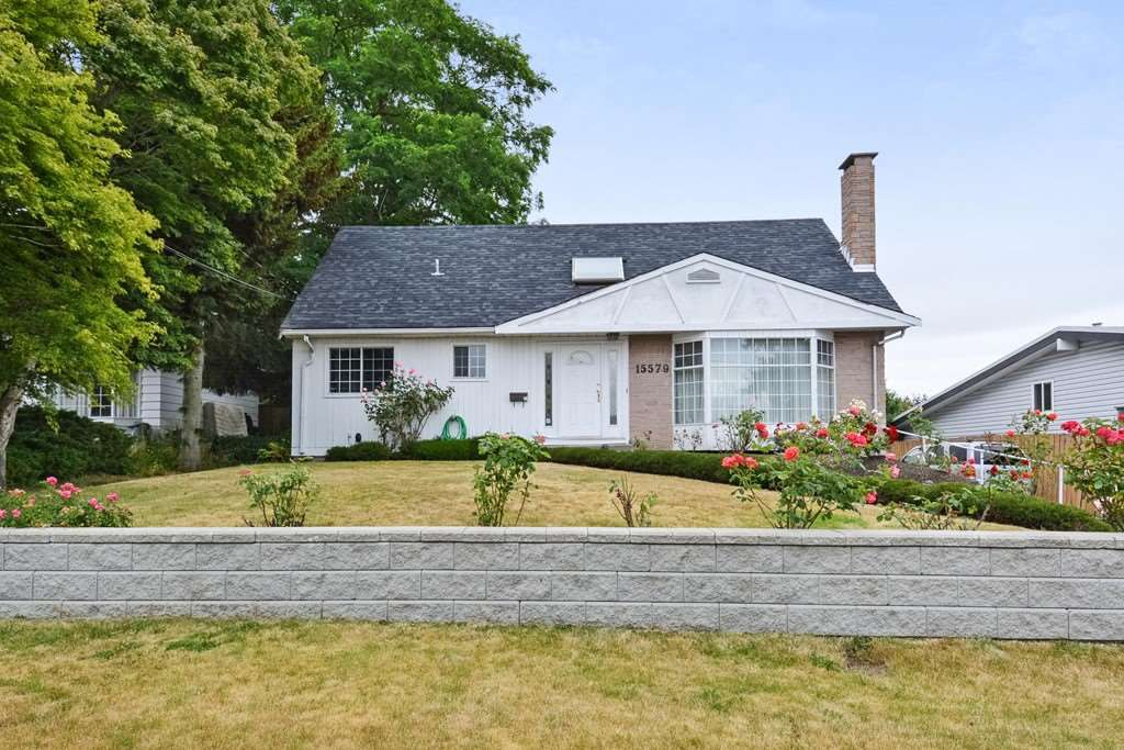 Main Photo: 15579 OXENHAM AVENUE: White Rock House for sale (South Surrey White Rock)  : MLS®# R2290933