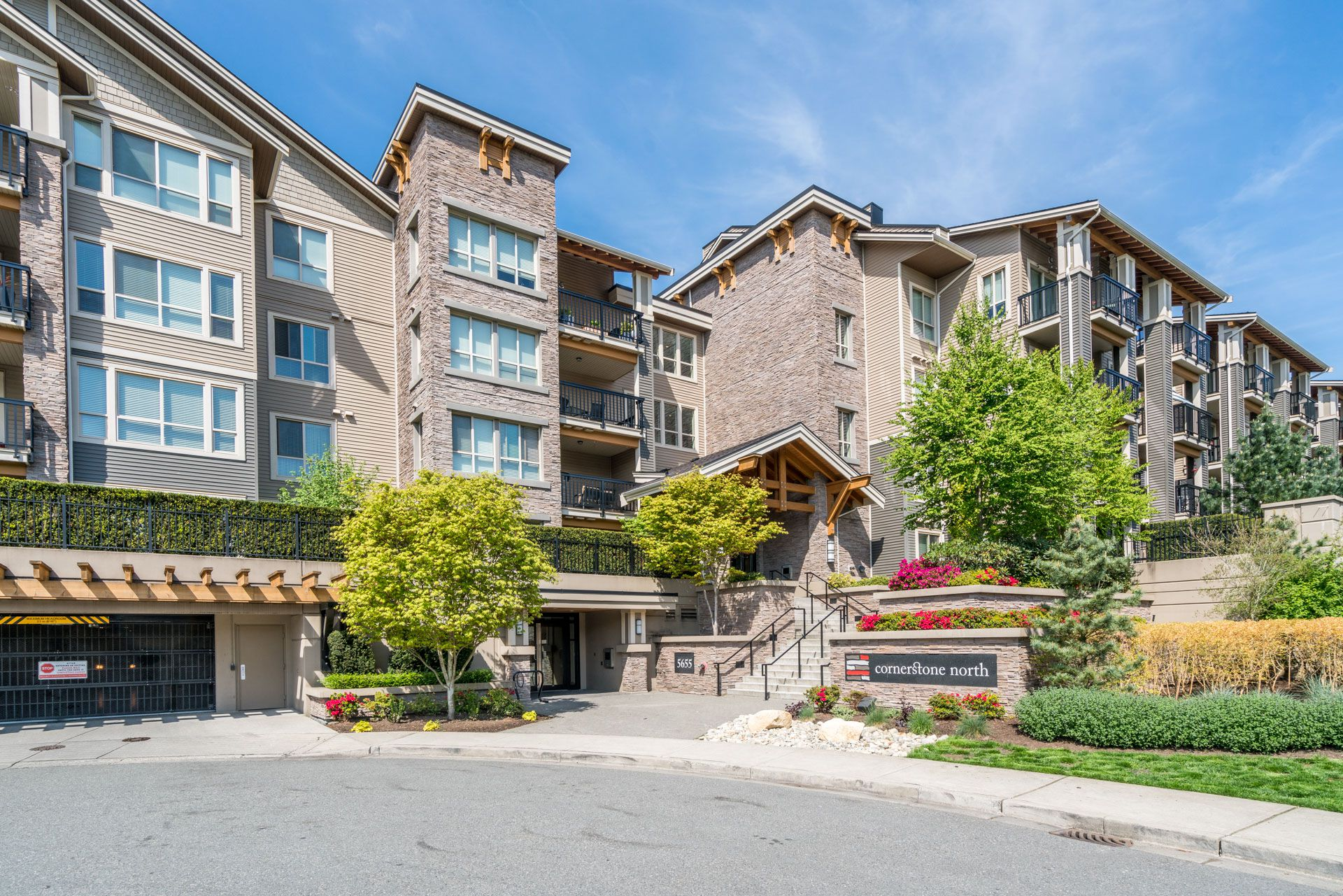Main Photo: 203 5655 210A STREET in Langley: Salmon River Condo for sale : MLS®# R2266313