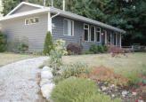 Main Photo: 2592 Sylvan Drive in Roberts Creek: House for sale : MLS®# V974481