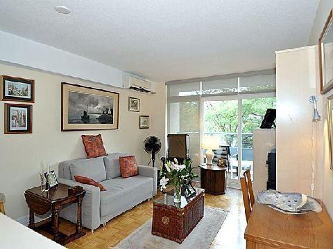 Main Photo: 10 30 Gloucester Street in Toronto: Church-Yonge Corridor Condo for sale (Toronto C08)  : MLS®# C2698064