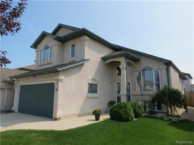Main Photo: 10 Harding Crescent in WINNIPEG: St Vital Residential for sale (South East Winnipeg)  : MLS®# 1417408