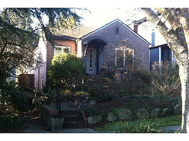 Main Photo: 5919 Holland Street in Vancouver: Southlands House for sale (Vancouver West)  : MLS®# V1039460