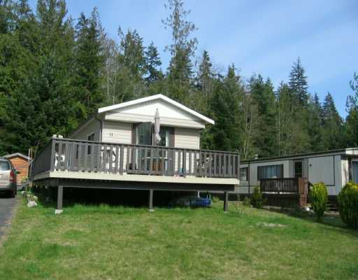 "Main Photo: 1123 FLUME Road: Roberts Creek Manufactured Home for sale in ""IKELON"" (Sunshine Coast)  : MLS®# V612414"