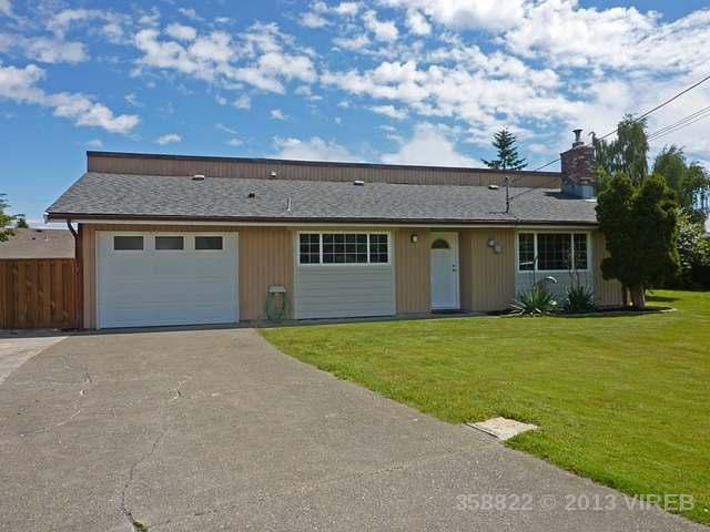 Main Photo: 451 Reavie Road: House for sale