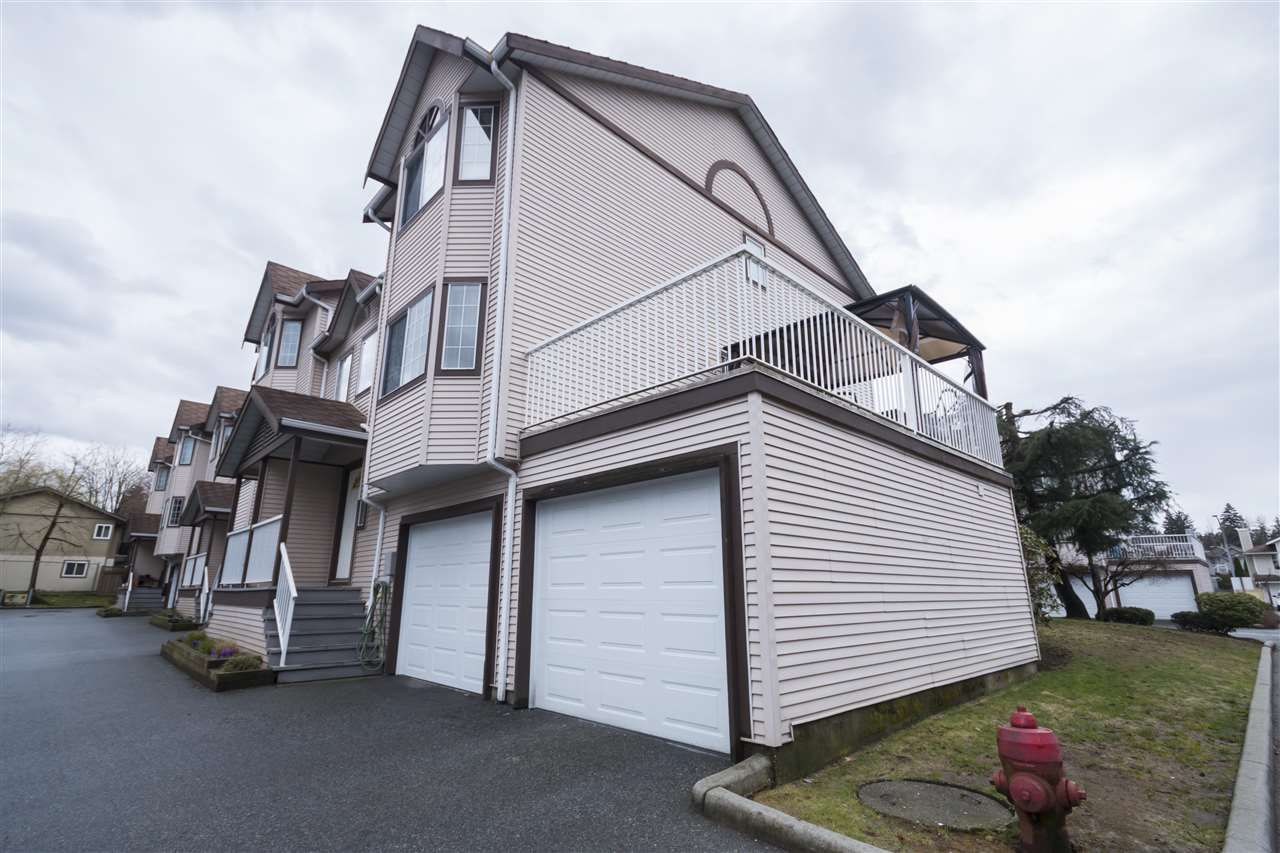 Main Photo: 15 2352 PITT RIVER ROAD in Port Coquitlam: Mary Hill Townhouse for sale : MLS®# R2152690