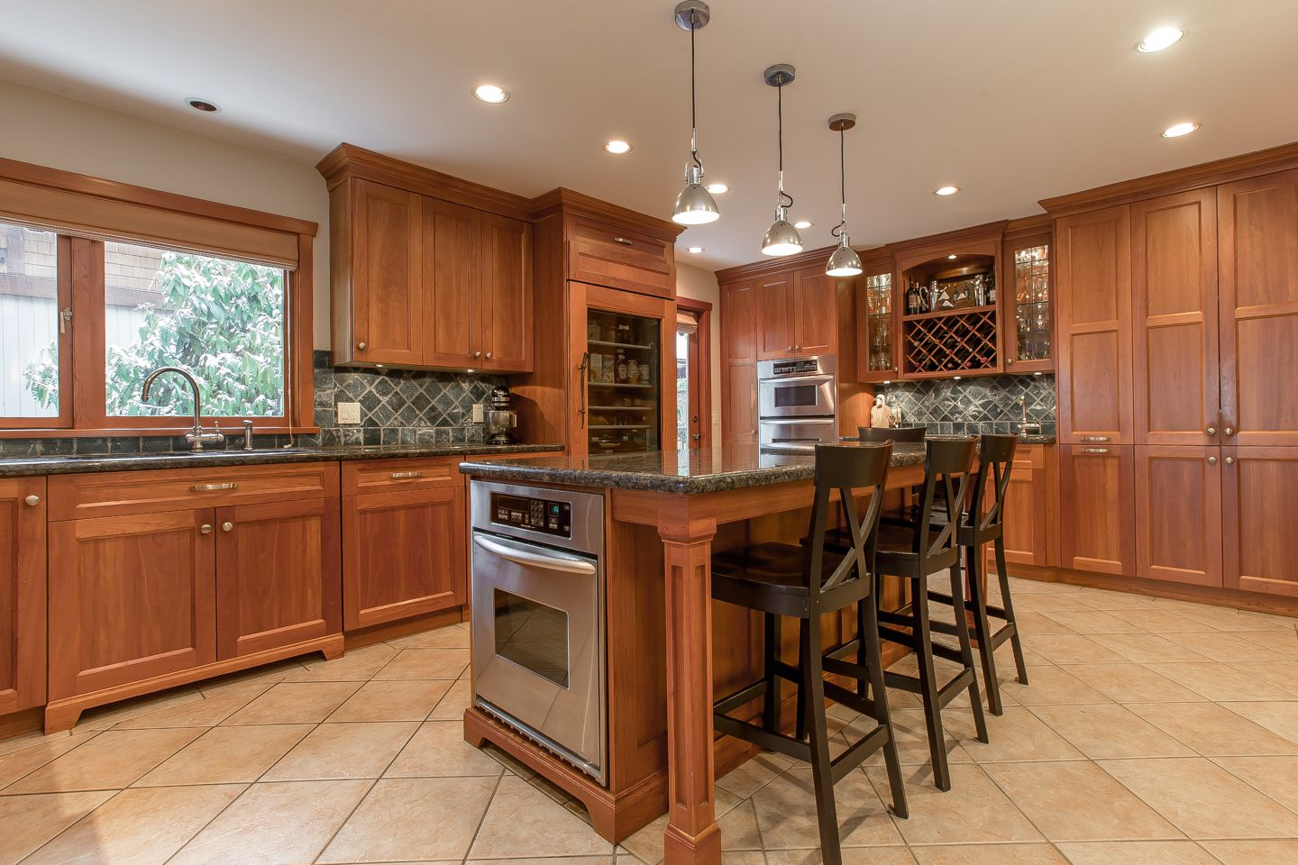 Main Photo: 4175 St Marys Avenue in : Upper Lonsdale House for sale (North Vancouver)  : MLS®# R2342876
