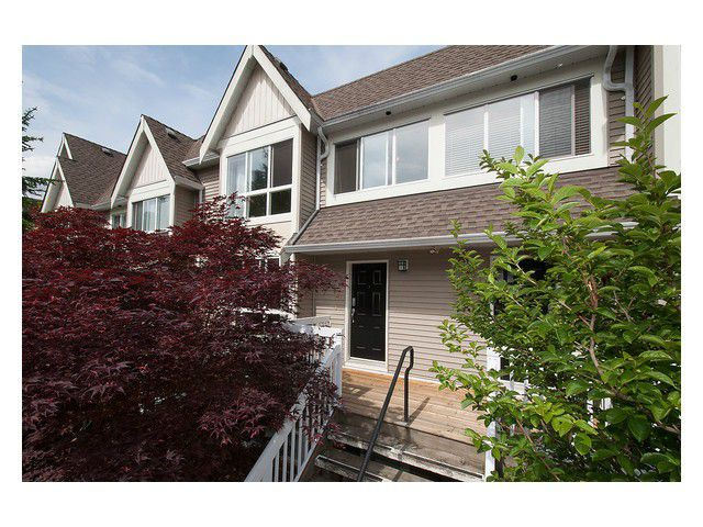 Main Photo: # 8 1071 LYNN VALLEY RD in North Vancouver: Lynn Valley Condo for sale : MLS®# V1066489