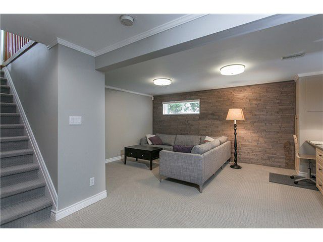Photo 10: Photos: 4631 CEDARCREST AV in North Vancouver: Canyon Heights NV House for sale : MLS®# V1115330