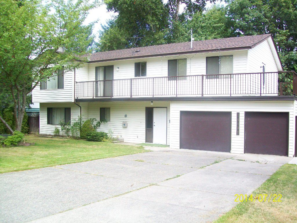 Main Photo: 14137 75 Avenue: House for sale (Surrey)  : MLS®# F1435593