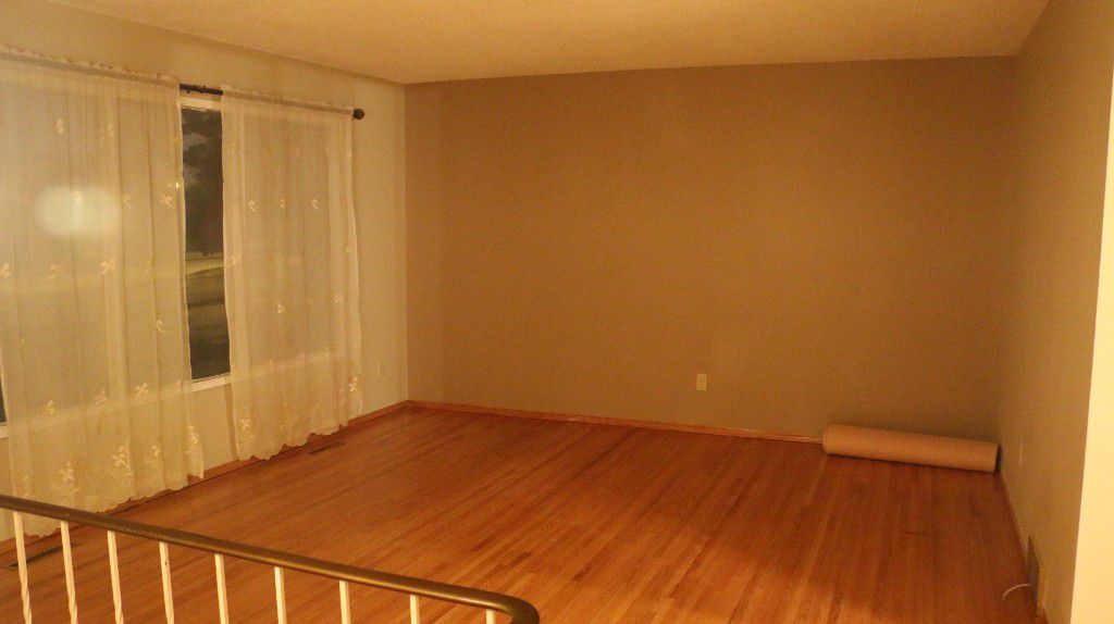 Photo 7: Photos: 767 Sheppard Street in Winnipeg: Single Family Attached for sale (Maples)  : MLS®# 1429333