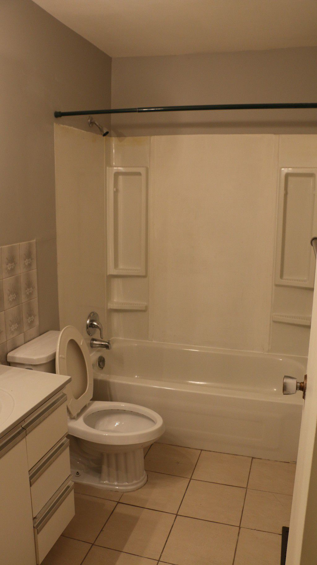 Photo 5: Photos: 767 Sheppard Street in Winnipeg: Single Family Attached for sale (Maples)  : MLS®# 1429333