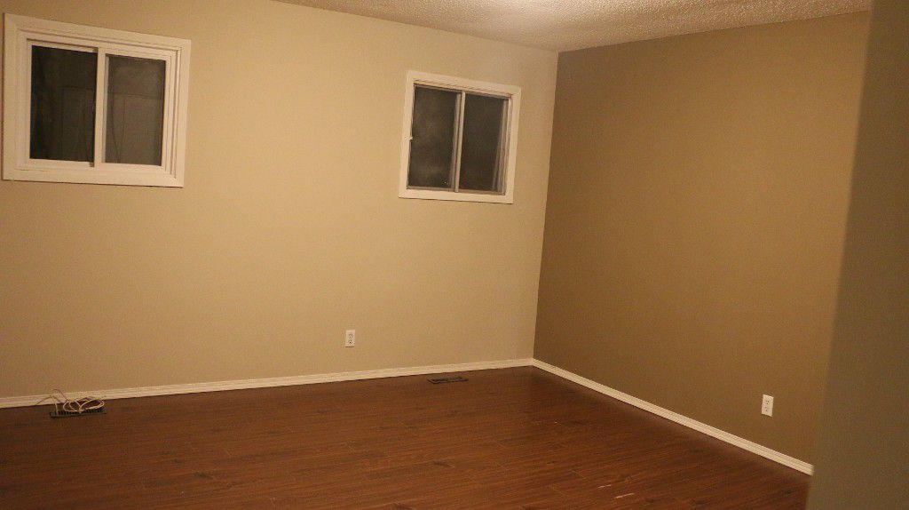 Photo 19: Photos: 767 Sheppard Street in Winnipeg: Single Family Attached for sale (Maples)  : MLS®# 1429333