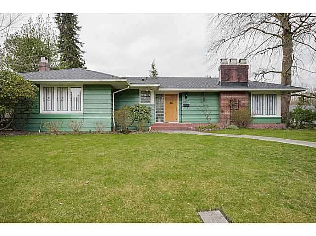 Main Photo: 4925 Queensland Road in Vancouver: University VW House  (Vancouver West)  : MLS®# V1108108