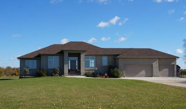 Main Photo: SOLD in : Charlewood Single Family Detached for sale : MLS®# 1529981
