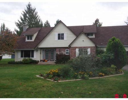 Main Photo: Country Estate In Prime Williams Park Location
