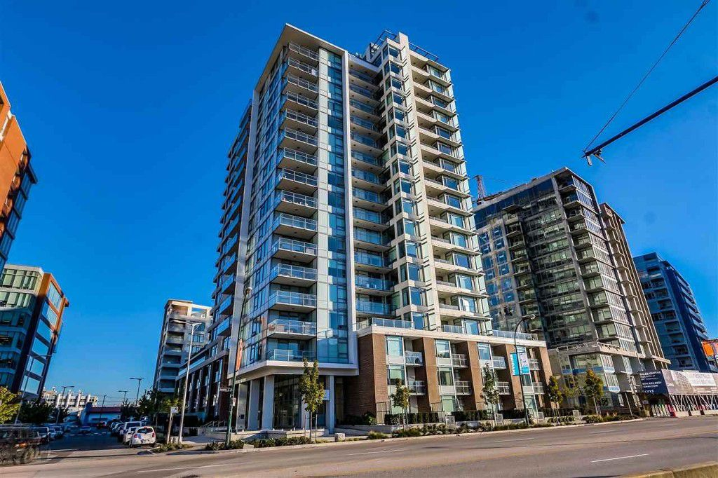 Main Photo: 807 110 Switchmen Street in Vancouver: False Creek Condo for sale (Vancouver West)