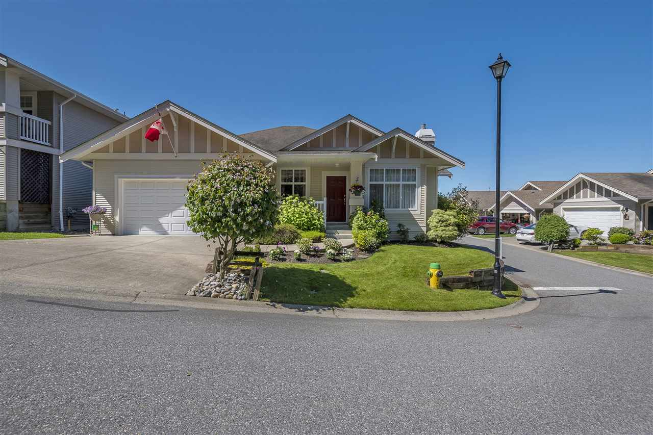 Main Photo: 72 5700 JINKERSON ROAD in : Promontory House for sale : MLS®# R2181471