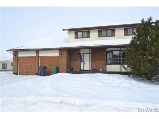 Main Photo: 320 Cedar AVENUE: Dalmeny Single Family Dwelling for sale (Saskatoon NW)  : MLS®# 455820