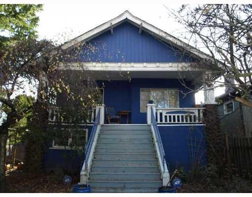 Main Photo: 3254 W 10TH AV in : Kitsilano House for sale : MLS®# V800689