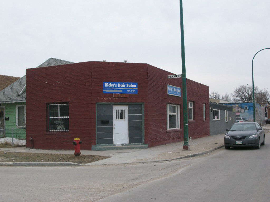 Main Photo: 1437 Arlington Street in Winnipeg: Industrial / Commercial / Investment for sale (North End)  : MLS®# 1407934