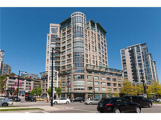 """Main Photo: 204 283 DAVIE Street in Vancouver: Yaletown Condo for sale in """"PACIFIC PLAZA"""" (Vancouver West)  : MLS®# V951438"""