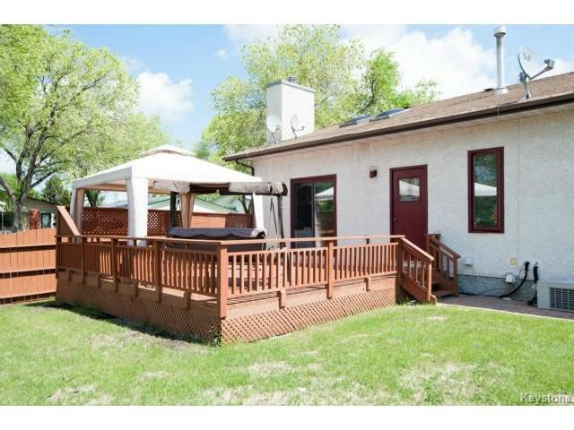 Photo 19: Photos: 3 Pekary Place in WINNIPEG: East Kildonan Single Family Detached for sale (North East Winnipeg)  : MLS®# 1412501