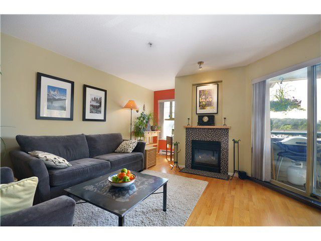 """Main Photo: 403 215 12TH Street in New Westminster: Uptown NW Condo for sale in """"DISCOVERY REACH"""" : MLS®# V969472"""