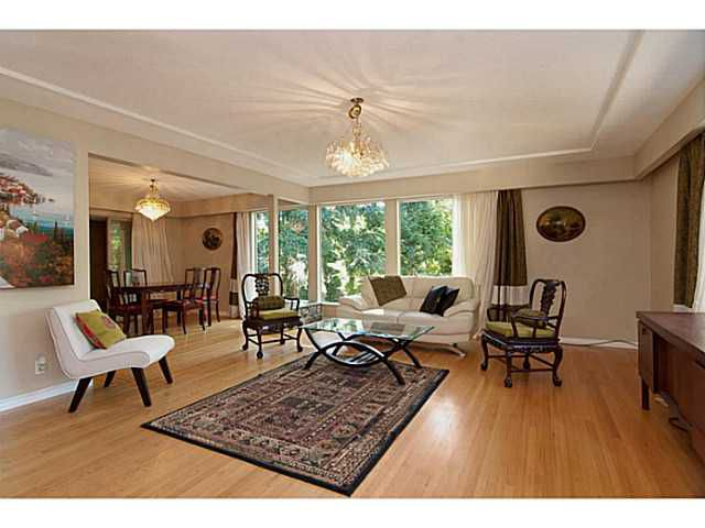 Main Photo: 1520 TAYLOR Way in West Vancouver: British Properties House for sale : MLS®# V987656