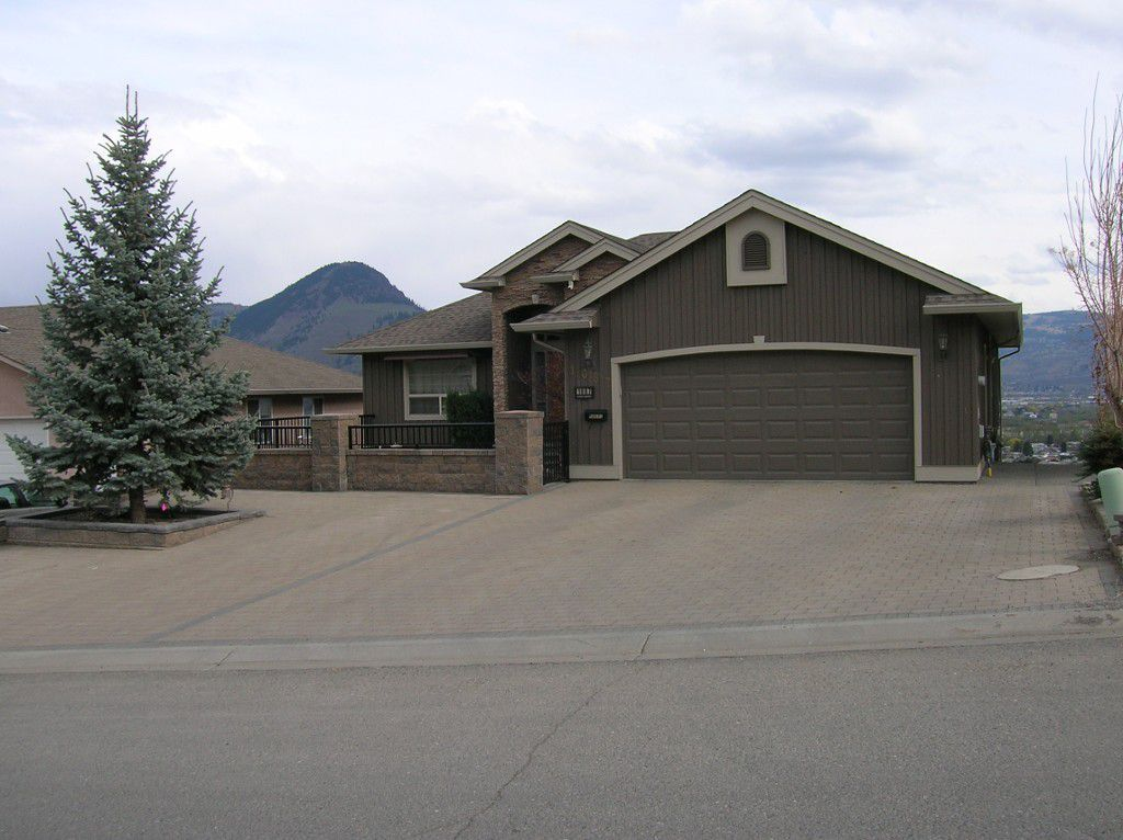 Main Photo: 1087 Norview Road in Kamloops: Batchelor Heights House for sale : MLS®# 121986